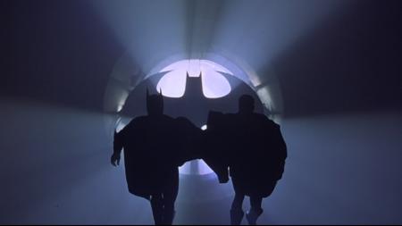 batman-forever-batsignal